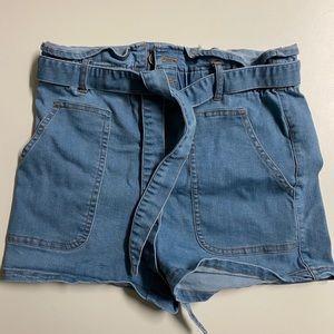 Brand new fashion nova high waisted shorts